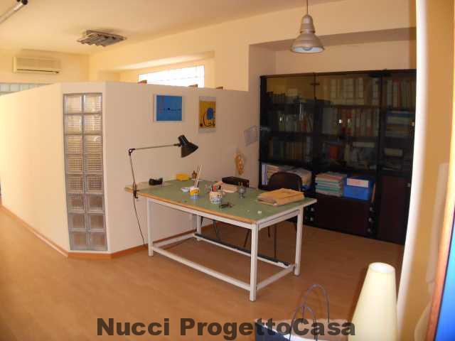 Appartamento già arredato uso Ufficio