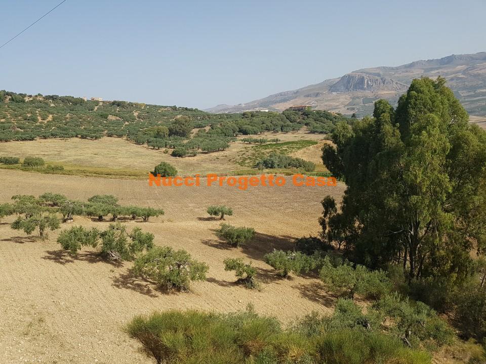 Terreno agricolo in contrada Montagna