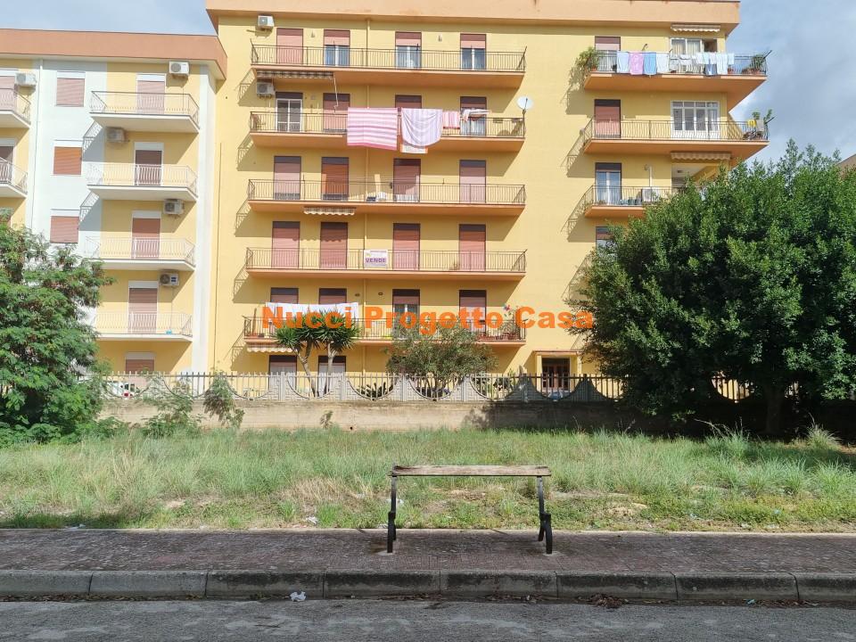 Appartamento in via Carnevale ( Perriera) secondo piano.